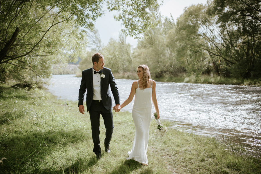 Kelsey and Matt enjoying time along on their wedding day in Wanaka, New Zealand. Wanaka wedding photography by Alpine Image Company.