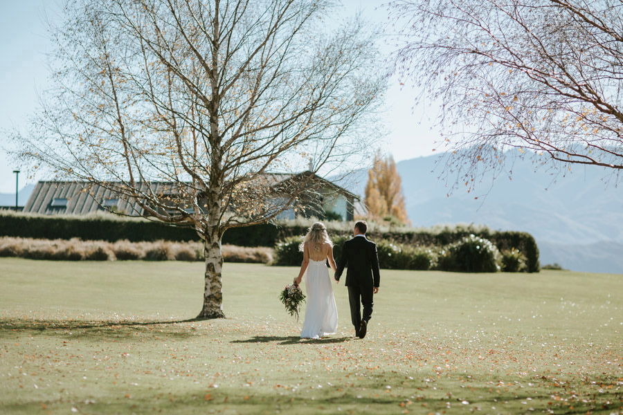 Such a stunning day at Edgewater Resort for Estelle and Stas' Wanaka wedding photographed by Alpine IMage Company.