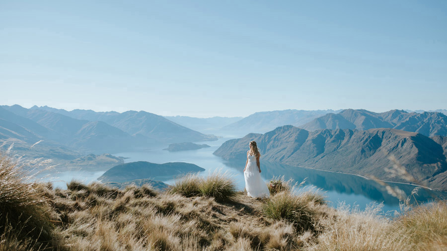 Estelle and Stas had such a stunning Wanaka day for their wedding. Photographed by Wanaka wedding photographers, Alpine Image Company.
