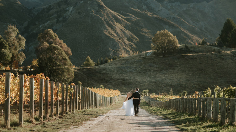 Estelle and Stas had a beautiful Wanaka wedding, photographed by Alpine Image Company.