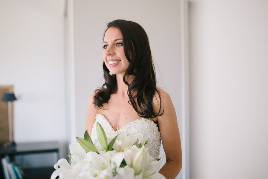 Alice looks absolutely stunning, ready for her Wanaka Wedding in this photography captured by Alpine Image Company