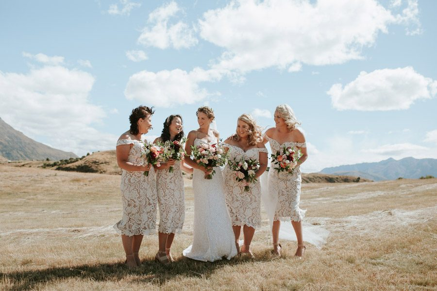 Stunning bridal party location photos