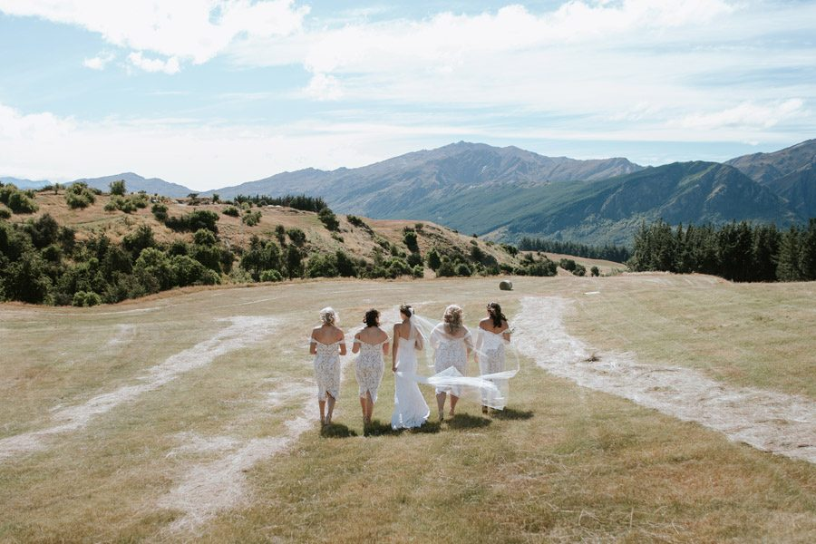 Mountain vistas and your favourite girls
