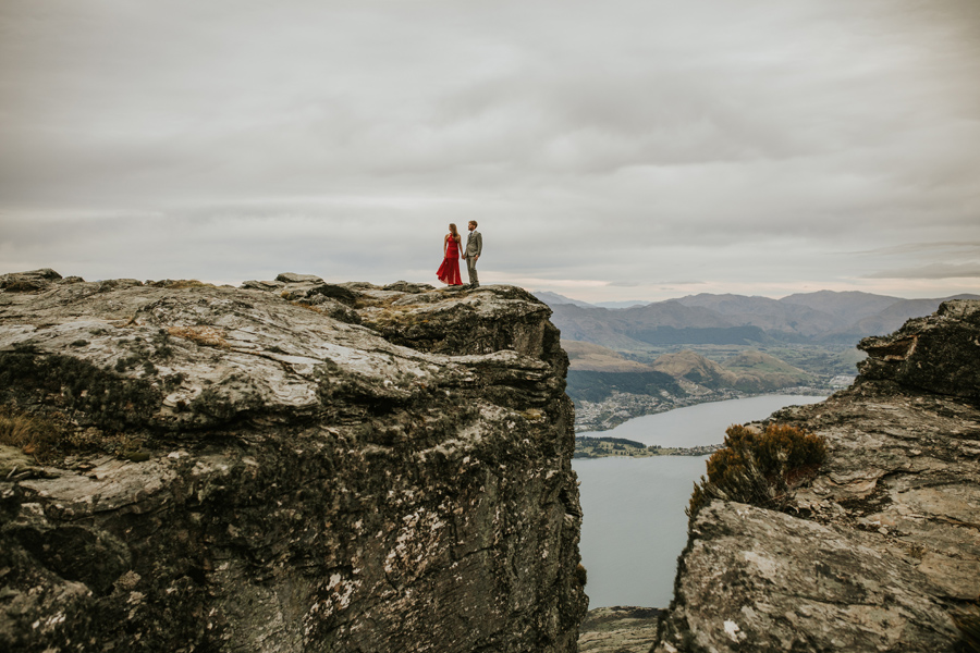 Lesley and Ash celebrate their engagement on Cecil Peak overlooking Queenstown