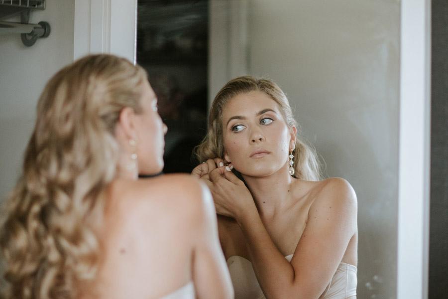 Our beautiful bride Kelsey on her wedding day in Wanaka, New Zealand. Image by Wanaka wedding photographers Alpine Image Company.