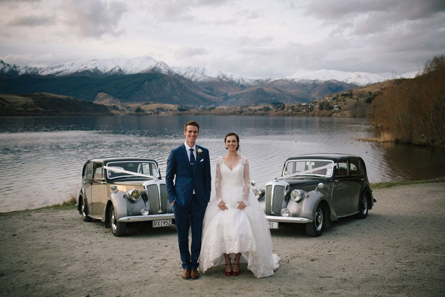 A wonderful wedding day setting with classic cars