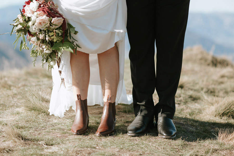 A cute detail shot of Estelle and Stas on their Wanaka wedding day, photography by Alpine Image Company.