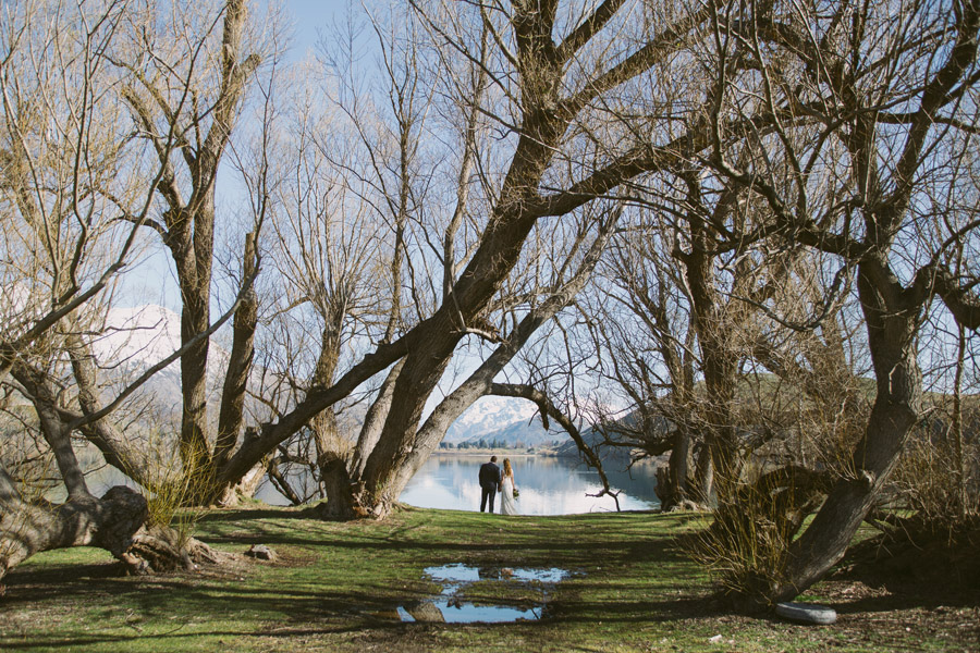 Beautiful wedding photos from Katie and Bernard's Queenstown wedding day by Wanaka wedding photographer Alpine Image Company.