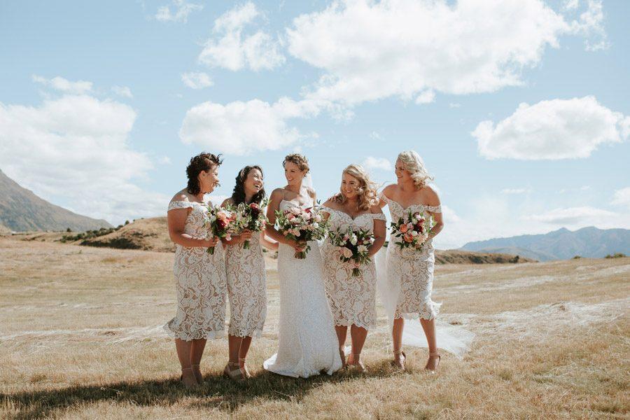 Stunning bridal party location photos